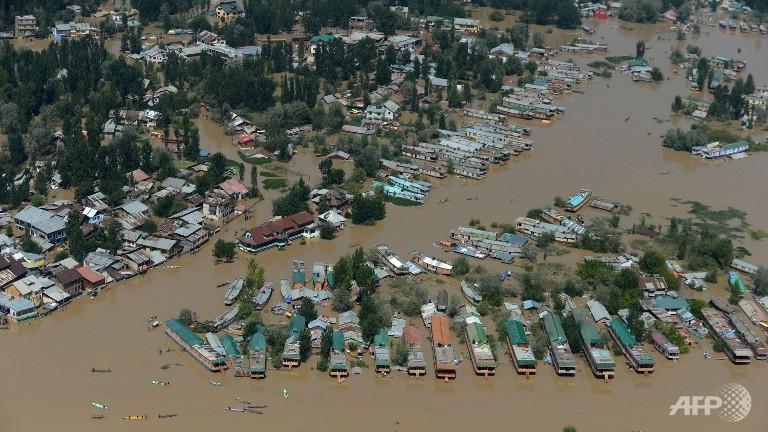 india-floods-kashmir